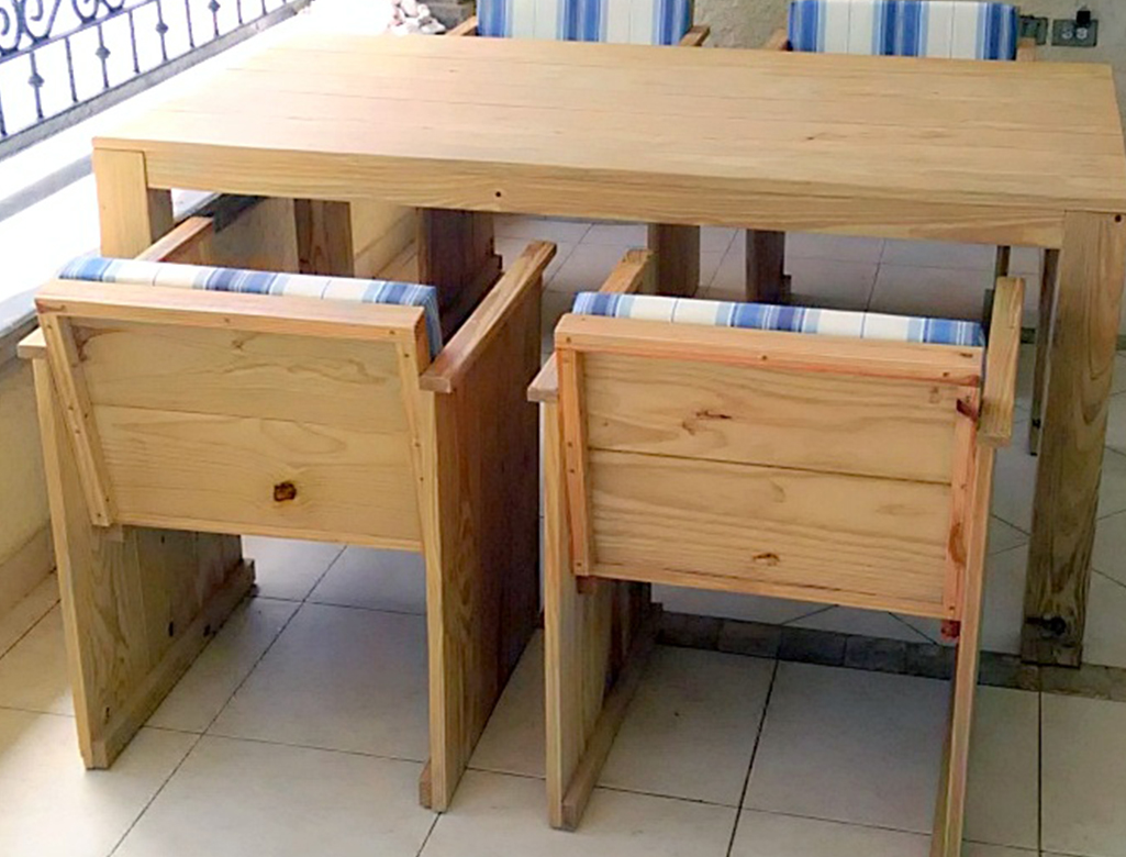Modern Dutch Furniture. Customized Modern Outdoor Furniture In Pitch Pine.  The Pillows Are Made